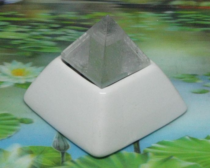 * Elite orgon piramide 8 cm