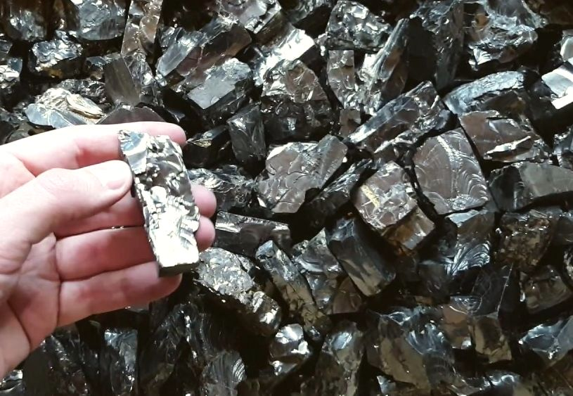 #  Wat is Elite shungite / Edel shungiet ? #