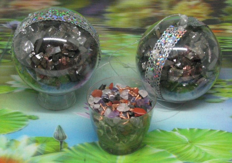 *  Elite shungite / Orgon bol 70 mm met hangoog